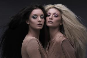 Alex Divanis Make Up Artist & hair styling  photographer  www.sakisbatzalisphtography.com